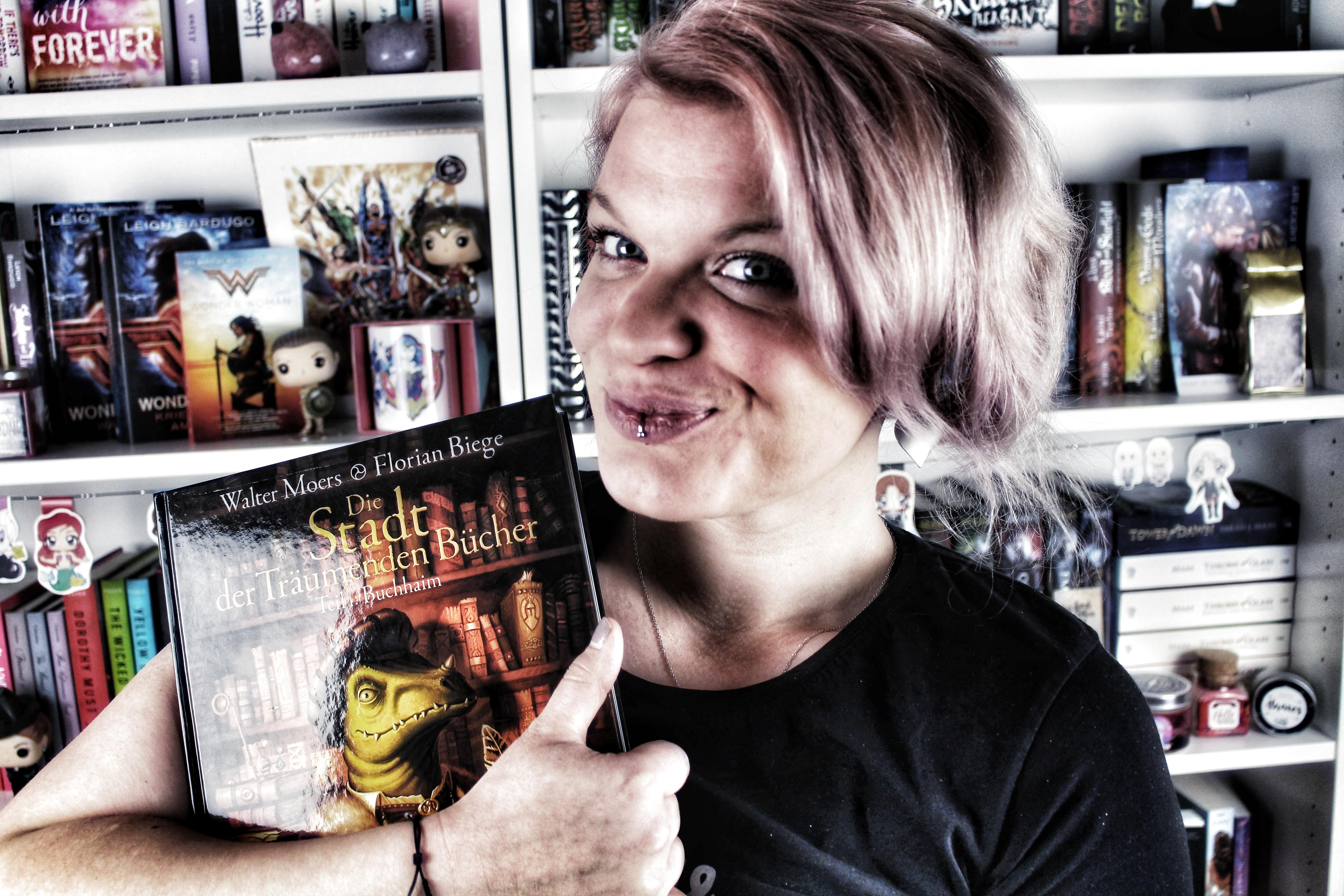 Rezension: Die Stadt der träumenden Bücher 1. Buchhaim [Graphic Novel] von Walter Moers | 5 Gründe zum Buch zu greifen