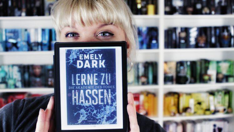Rezension | Lerne zu hassen von Emely Dark