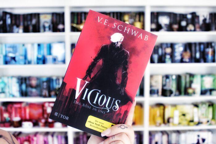 Vicious V E Schwab